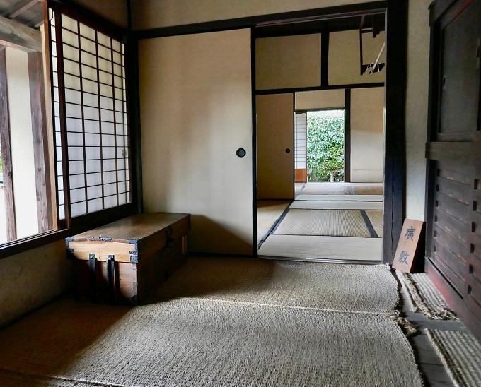 tatami, stuoie di paglia, tatami, fusuma, shōji e mobile nelle casa del samurai